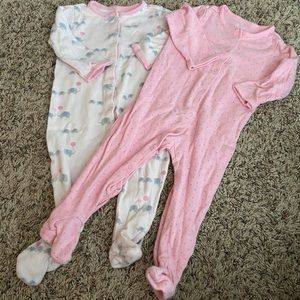 adorable 6/9 m baby girl sleeper set 😍